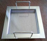 パンチングメタル_排水トラップ用パンチングカゴ(浅型)・全体のサンプル画像です。